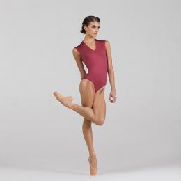 Il Body Ballet Rosa in microfibra Angeles ha un design alla moda ed è molto confortevole!  • Interamente foderato con un attraente scollo a V • Schiena aperta con un arriccio  • Chiusura con gancio e occhiello sulla nuca.   Angeles ha uno stile che si differenzia da tutti gli altri body: versatile, perfetto per le lezioni in scuola, prove e audizioni.  Disponibile in una vasta gamma di colori. 🛍💕✨🩰 #danzaclassica #leotards #dance